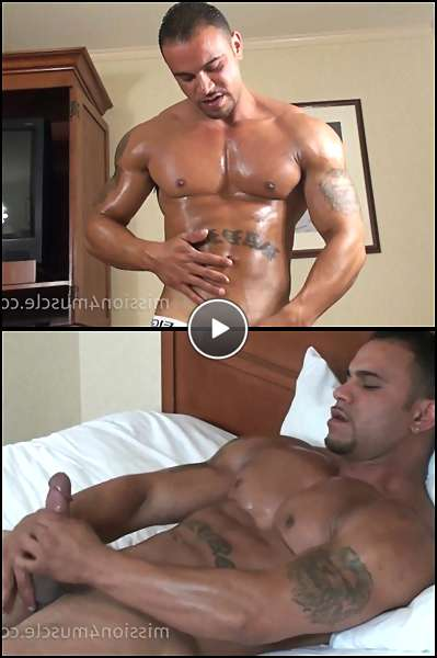 bodybuilders gay sex videos video